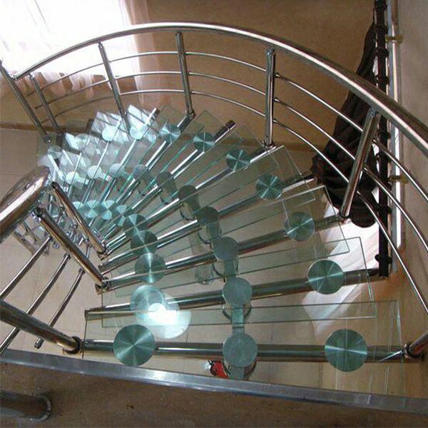 پله پیش ساخته استیل با کف شیشه ای